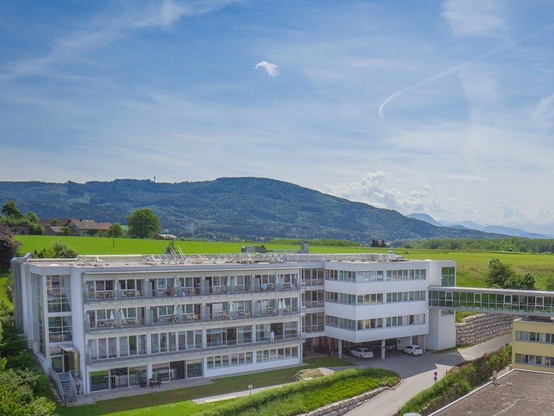 Rehabilitationszentrum Oberndorf Betriebs-GmbH & Co KG.